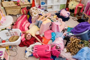 disorganized mess in girl's room